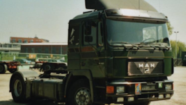 2003 MAN F2000